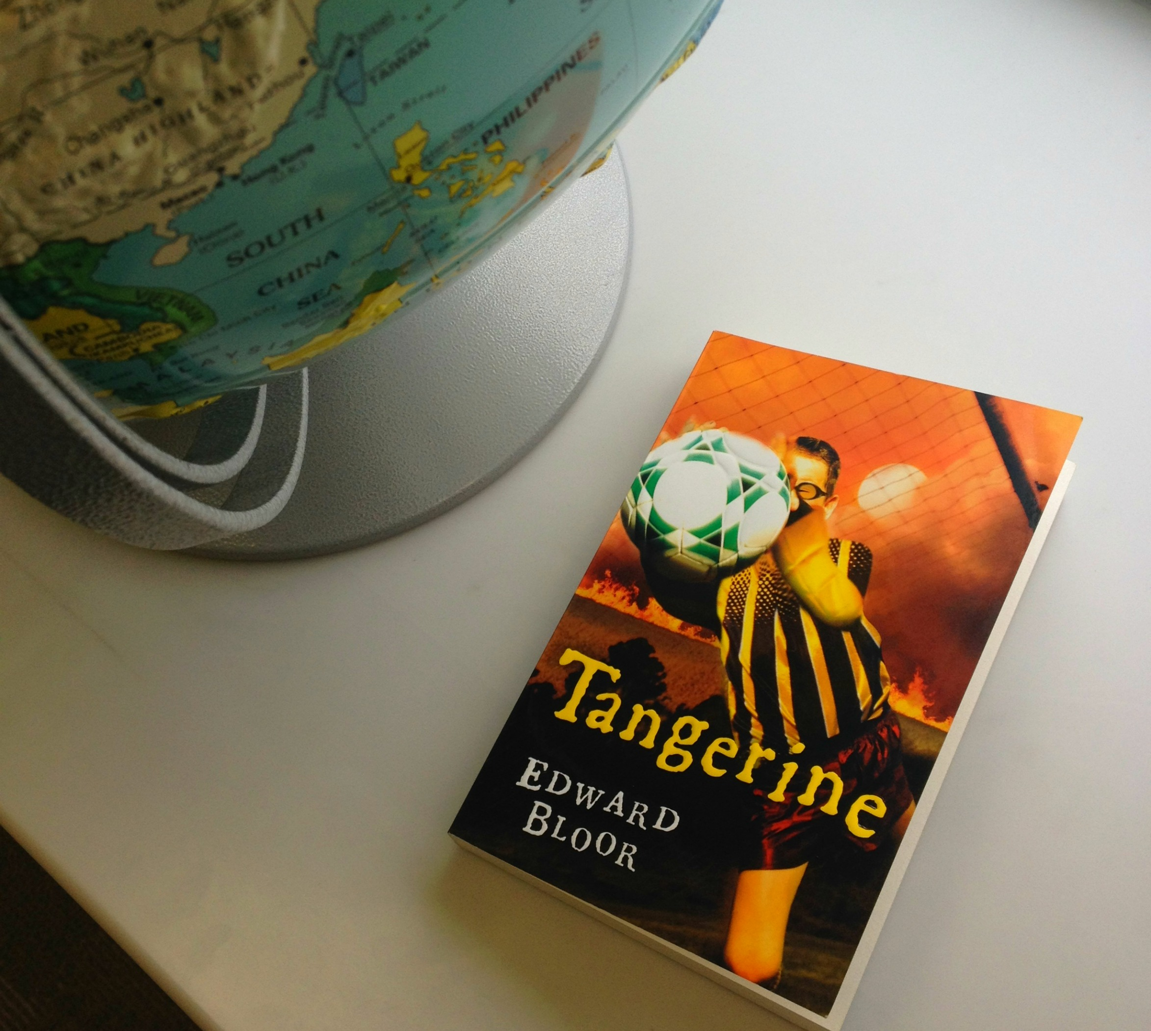 book report tangerine Tangerine by edward bloor book review by baraka salumu what i thought about the book would i recomend the book yes or no what i need to say to you bold gradually.