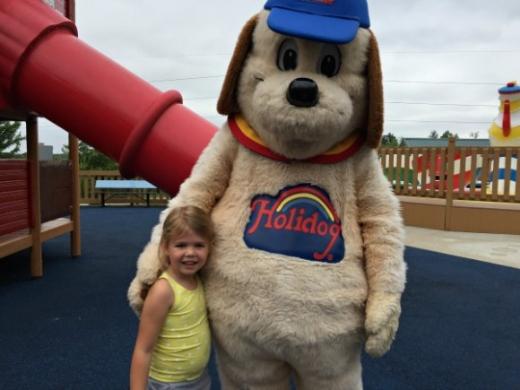 Holiday World Holidog